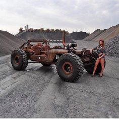 Some kind of rock-crawler rat-rod Jeep Wrangler! Not for a fancy ride downtown, but this definitively guarantees LOTS of fun! Rat Rod Trucks, Jeep Rat Rod, Cool Trucks, Cool Cars, Lifted Trucks, Rat Rod Cars, Dodge Trucks, Semi Trucks, Big Trucks