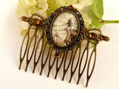 Nostalgic hair comb in bronze with dragonfly and by Schmucktruhe