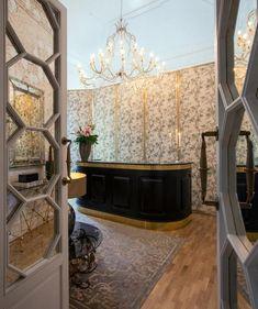 Outdoor Pool, Hotels And Resorts, Palazzo, Rome, Italy, Home Decor, Italia, Decoration Home, Room Decor