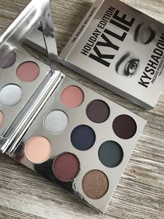 Holiday Edition Kylie Kyshadow Palette Review
