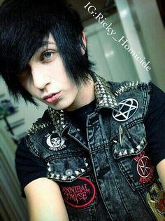 Ricky Homicide Emo boy Black hair Blue eyes