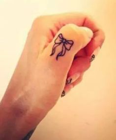 Bow.tattoos on We Heart It