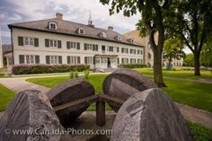 The grounds and exterior of the Saint Boniface Museum, the former Grey Nuns Convent in St. Boniface in the City of Winnipeg, Manitoba. Native Canadian, Canadian History, Western Canada, Roadside Attractions, Old Building, Red River, Looks Cool, Saints, Museum