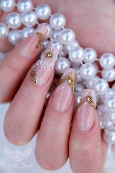 #Golden #wedding #nails