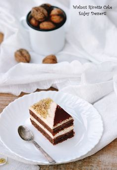 Prajitura cu nuca si ricotta Ricotta Cake, Fancy Desserts, Cakes And More, Beautiful Cakes, Yummy Cakes, No Bake Cake, Sweets, Baking, Breakfast