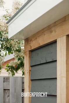 Home And Garden, Cedar Siding Colors, Garden Room, Roof Lantern, Summer House Garden, Pool Cabana, House Designs Exterior, Modern Garden, Exterior