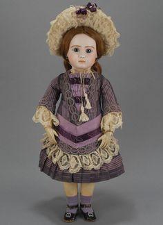 http://www.carmeldollshop.com/category/doll/frenchbebe/fbbd-390-g.jpg