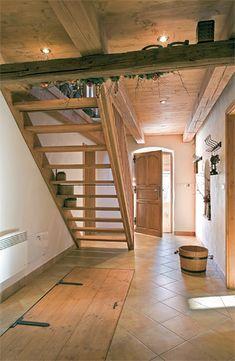 Přesně takhle chci ten vchod do sklepa. Basement Staircase, Stairs, Gold Interior, Home Interior Design, Basement Remodeling, Basement Ideas, Siena, Mudroom, Farmhouse