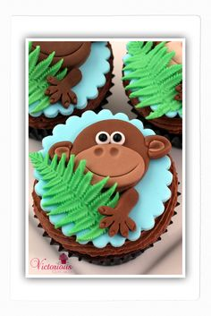 Monkey Cupcakes Here's how to make them: http://www.goodtoknow.co.uk/recipes/538389/monkey-cupcakes