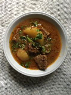 Aalu Gosht Or Beef And Potato Curry