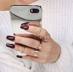#rings and is that a mirror phone case!? that's wut I need in life lol