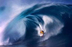 Google Image Result for http://www.smh.com.au/ffximage/2008/10/06/Oahu_Surfing_wideweb__470x313,0.jpg