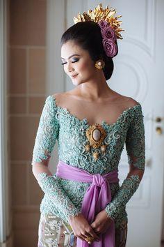 Lamaran Adat Bali Nan Romantis ala Ayu Thari dan Angga - img_1360