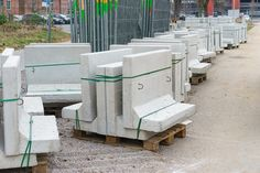 Wood pallets are used for both domestic and commercial purposes. #WoodPalletsForSale #PalletsForSaleMelbourne