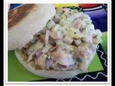 How to make Pineapple Chicken Salad Sandwich Chicken Salad With Pineapple, Cream Cheese Chicken, Chicken Salad Recipes, Salad Sandwich, Tasty Dishes, Main Dishes, Sandwiches, Favorite Recipes, Dinner