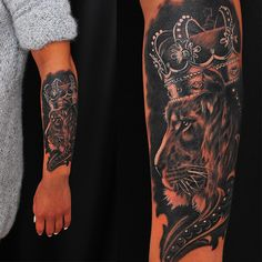 Freshly done, black and gray lion with crown.  Artist @marti  #lion #wildlife…