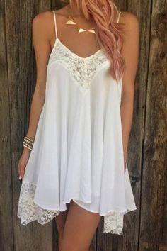 This chiffon slip dress is for curvy girls. The dress has an v neck and as well as a crop top layer. The waist as a semi-sheer insert, while back has zip back fastening. The dress reaches down to the Sexy Dresses, Cute Dresses, Casual Dresses, Cute Outfits, Loose Dresses, Mini Dresses, Boho Outfits, Formal Dresses, Little White Dresses