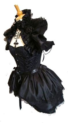 love this corset