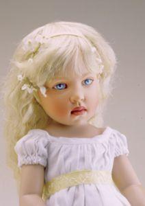 Kish and Company :: Margarete (Close Up)