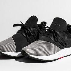 Raven Black - pair