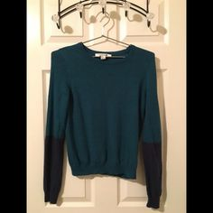Forever 21 Sweater Super comfy, long sleeve, sweater! Forever 21 Sweaters Crew & Scoop Necks
