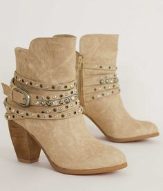 Size 8-8.5  Not Rated Alfie Ankle Boot - Women's Shoes in Cream | Buckle