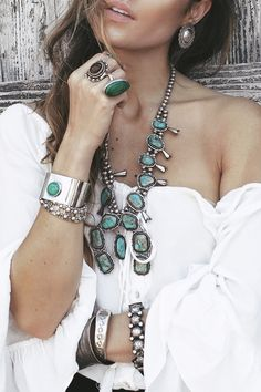 "bohemiandiesel: "" http://bohemiandiesel.com/photography/jewelry/rose-of-the-west-bella-and-chloe-lookbook-by-bliss-katherine """