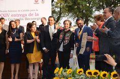 """La Presea """"Gertrudis Bocanegra"""" que recibió Carmen Aristegui es un justo reconocimiento a la entrega por conquistar la condición sin la cual no es posible engendrar ciudadanos: la libertad de ..."""