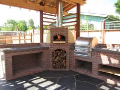 Design-Builders specializing in energy-efficient masonry heaters and wood-fired ovens. Dealer for Tulikivi Soapstone Masonry Heaters. Rustic Outdoor Kitchens, Outdoor Kitchen Plans, Backyard Kitchen, Backyard Patio, Patio Grill, Pizza Oven Outdoor, Outdoor Cooking, Brick Oven Outdoor, Diy Pizza Oven