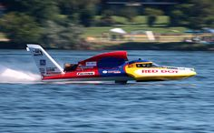 Miss Red Dot boat on the Columbia River, Columbia Cup Tri-Cities TriCities Pasco Kennewick classic unlimited class hydroplane hydroplanes hydro hydros racing boat boats
