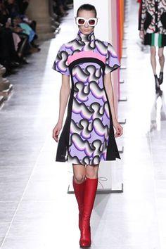 Jonathan Saunders Fall 2015 Ready-to-Wear Fashion Show - Audrey Nurit London Fashion Weeks, Melbourne Fashion, Fashion Shows 2015, Fashion Week 2015, Jonathan Saunders, Fashion Fabric, Fashion Prints, Fashion Design, Catwalks