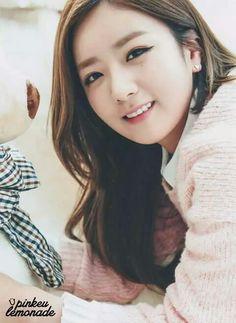 Kpop Girl Groups, Kpop Girls, Pink Panda, Pop Cans, Rhythm And Blues, Music People, Popular Music, Great Friends, Pop Music
