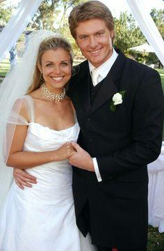 tess mcleods daughters wedding dress