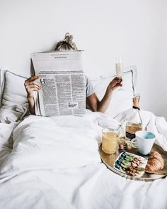 Trendy Breakfast In Bed Photography Inspiration Sunday Morning - Bed and Bedcover Morning Bed, Morning Breakfast, Breakfast In Bed, Lazy Sunday Morning, Breakfast Pancakes, Breakfast Burritos, Sunday Brunch, Morning Photography, Breakfast Photography