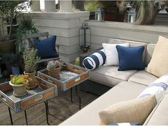 great urban outdoor space design sitting is the new smoking stand up Outdoor Tables, Outdoor Spaces, Outdoor Living, Outdoor Decor, Outdoor Office, Outdoor Projects, Porch Furniture, Furniture For You, Outdoor Furniture