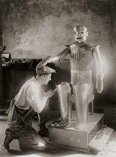 Eric Robot – Capt. Richards & A.H. Reffel, 1928