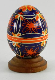 Polish Pysanky Egg Hand Painted Decorated Vintage Easter Blown Out Chicken Egg 20709 by JacksonsMarket on Etsy