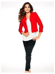 A posséder en septembre   une veste blazer courte femme couleur tangerine,  d un df737515af94