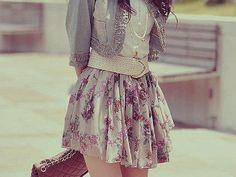 floral skirt and jean jacket Teen Fashion Cute Fashion, Look Fashion, Teen Fashion, Fashion Outfits, Fashion Trends, Fashion Clothes, Spring Fashion, Korean Fashion, Style Clothes