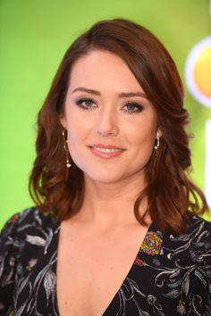Megan Boone Photos - Actor Megan Boone attends the NBCUniversal Press Junket at the Four Seasons Hotel New York on March 2017 in New York City. Elizabeth Keen, Megan Boone, The Blacklist, Four Seasons Hotel, Beautiful Celebrities, True Beauty, Favorite Tv Shows, Eye Candy, Singer