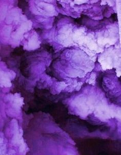 Extremely violet: the color of the 12 months 2018 by pantone Extremely violet: the color of the 12 months 2018 by pantone For aesthetic causes Violet Aesthetic, Dark Purple Aesthetic, Lavender Aesthetic, Rainbow Aesthetic, Aesthetic Colors, Aesthetic Grunge, Aesthetic Vintage, Aesthetic Photo, Photography Aesthetic