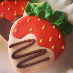 Decorated Strawberry Shaped Cookies Pinned By: http://www.cookiecuttercompany.com/ #strawberry #decorated #cookie