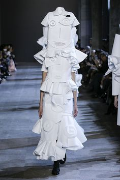 So Picasso: Viktor & Rolf Couture Spring 2016