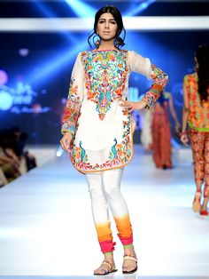 Teena by Hina Butt - 8th PFDC Sunsilk Fashion Week - The colours on the choridaar look so pretty.