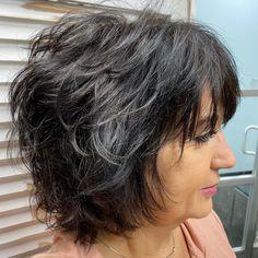 Short Layered Bob Haircuts, Haircuts For Long Hair With Layers, Layered Haircuts With Bangs, Short Choppy Hair, Haircut For Thick Hair, Short Hair Cuts, Easy Hair Cuts, Medium Hair Cuts, Medium Hair Styles