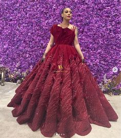 The Hottest & Classy Aso-ebi Wedding Guest Styles From – Must See! Stylish Dresses, Formal Dresses, Wedding Dresses, Reception Dresses, Wedding Reception, Aso Ebi Styles, Ankara Styles, African Tops, Wedding Guest Style