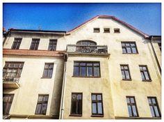 #Katowice, ul. Mikołowska 30 #townhouse #kamienice #slkamienice #silesia #śląsk #properties #investing #nieruchomości #mieszkania #flat #sprzedaz #wynajem Ul, Mansions, House Styles, Home Decor, Decoration Home, Manor Houses, Room Decor, Villas, Mansion