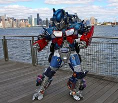 Transformers Optimus Prime Cosplay Costume by Brooklyn RobotWorks Optimus Prime Costume, Transformers Optimus Prime, Robot Costumes, Cosplay Costumes, Cool Paper Crafts, Brooklyn, Photo And Video, Halloween, Fashion
