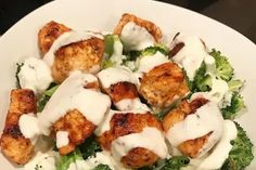 Chicken Broccoli With Alfredo Sauce Healthy Low Carb Dinners, Low Carb Lunch, Lunch Recipes, Keto Recipes, Healthy Recipes, Brownie Recipes, Keto Broccoli Recipe, Recipe Tasty, Clean Eating