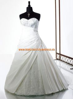 Moonlight Victorian Rose Robe de Mariée - Style K4108